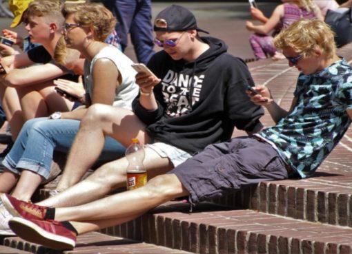 i-Gen: die erste Smartphone-Generation