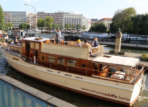 "Motoryacht ""Fitzgerald"""